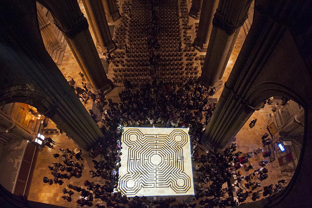 Labyrinthe de Notre Dame de Cathédrale de Reims par Feng et Alain Hatat agence Rêve Ville